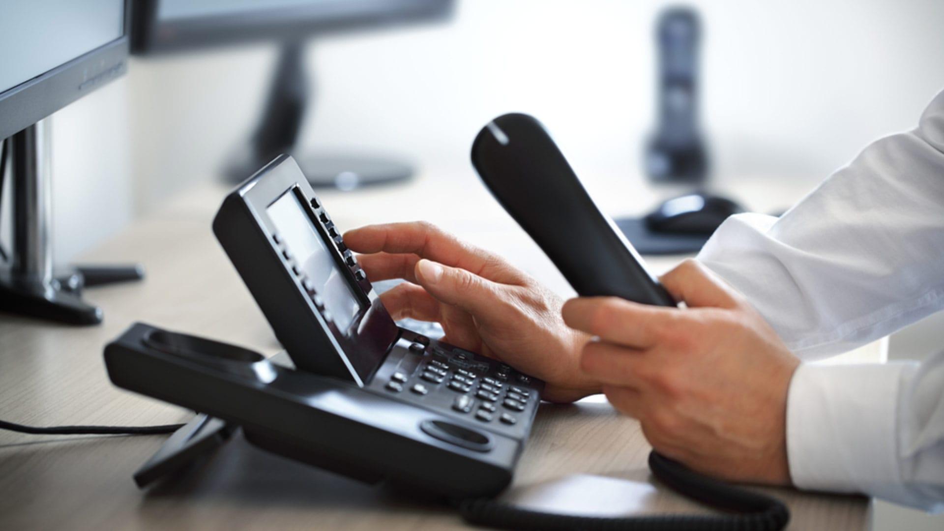 choisir-telephonie-fixe-professionnelle